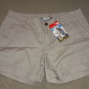 Women's sz 8 the north face summer shorts NWT